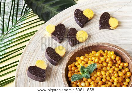 raw food sweets with carob and buckthorn