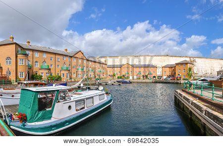 Luxury Apartments At Brighton Marina