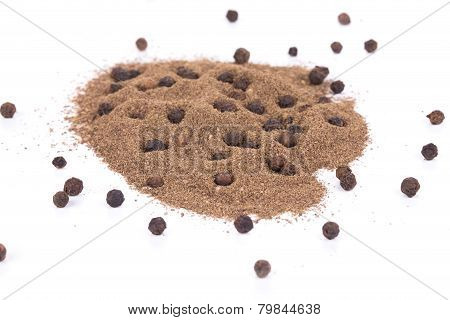 Milled black peppercorn.