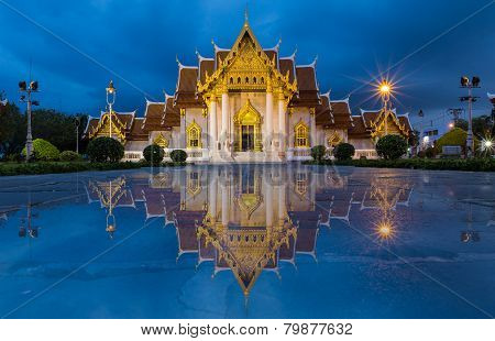 Beautiful Thai Temple, Marble Temple at twilight