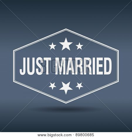Just Married Hexagonal White Vintage Retro Style Label