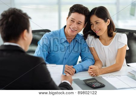 Consultation with real estate agent