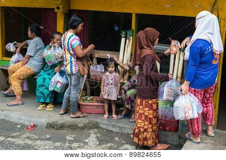 Group Of Toraja People In Local Market