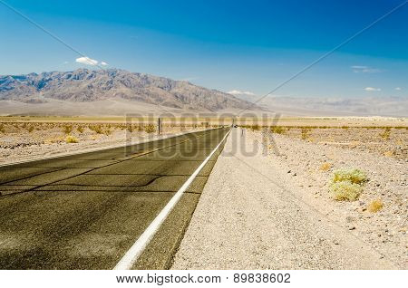 Hot Desert Road In Death Valley National Park, California