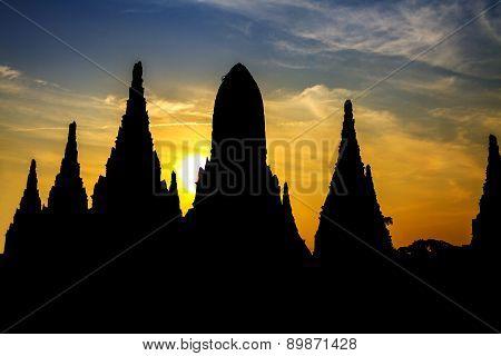 Silhouette Sharp Pagoda