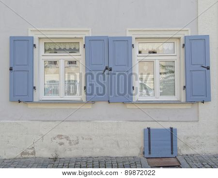 vintage home windows, Bamberg Germany