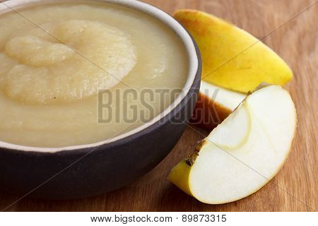 Apple sauce in bowl.