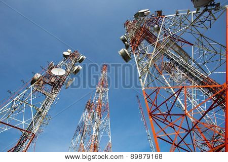 Telecommunication Mast Tv Antennas