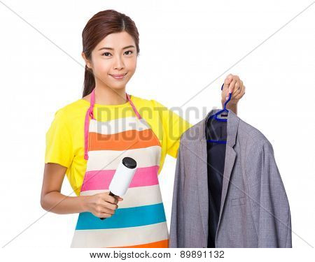 Housewife use of dust wheel and suit jacket