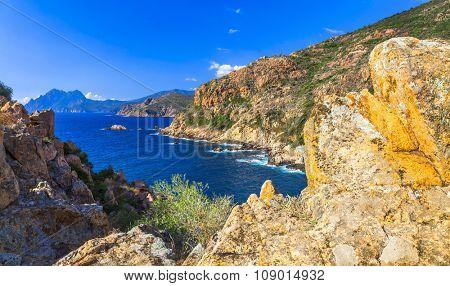 scenic landscapes of Corsica