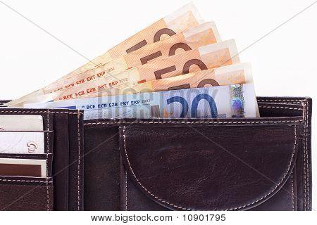 Brieftasche voll Geld
