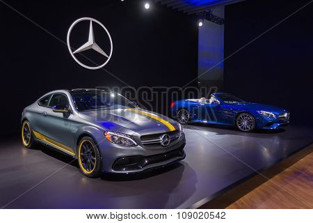 Mercedes Benz C63 Amg Coupe And Sl550