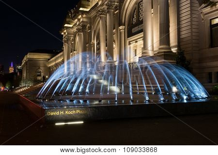 Met Fountain