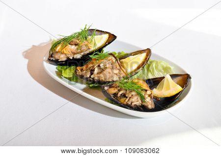 Mussels stuffed, midye dolma