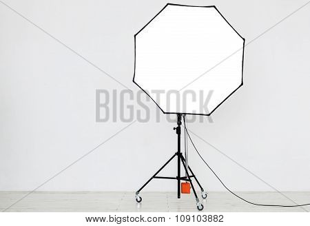 Photographic Lighting In An Empty Studio