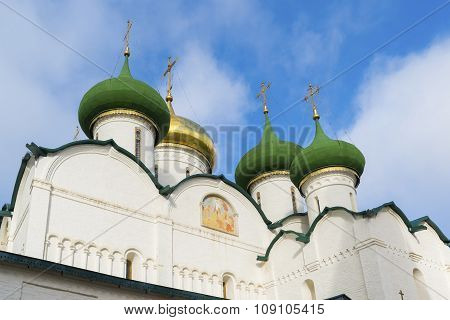 Transfiguration Cathedral in St. Euthymius monastery at Suzdal was built the 16th century. Golden Ri
