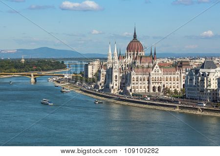 BUDAPEST, HUNGARY - CIRCA SEP, 2015: View of Hungarian Parliament Building on the bank of the Danube in Budapest. Pest panorama of the Danube - UNESCO world heritage site.