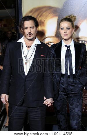 LOS ANGELES - NOV 21:  Johnny Depp, Amber Heard at the