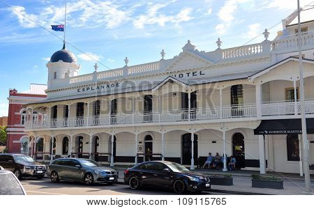 Esplanade Hotel with Australian Flag: Anzac Day Parade in Fremantle