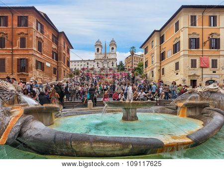 Spanish Steps and fountain in Rome
