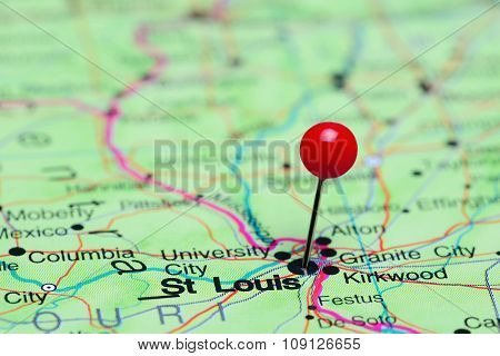 St Louis pinned on a map of USA
