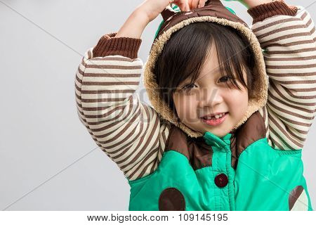 Asian Child Shivering Background / Asian Child Shivering / Asian Child Shivering, Studio Isolated Ba