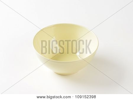 Deep round cream cereal bowl
