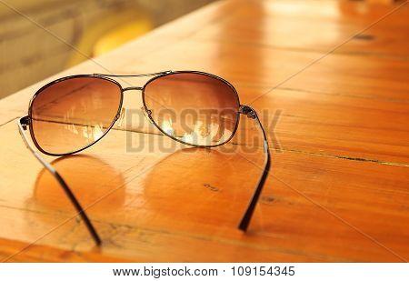 Light Brown Mirrored Sunglasses