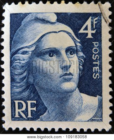 FRANCE - CIRCA 1945: A stamp printed in France shows Marianne circa 1945.