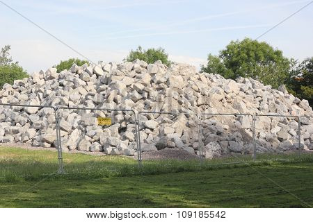 Rocks for construction