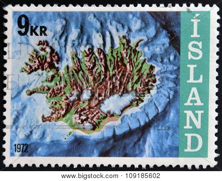 ICELAND - CIRCA 1972: A stamp printed in Iceland shows contour map and continental shelf circa 1972.