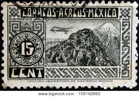 MEXICO - CIRCA 1934: A stamp printed in Mexico shows Pico de Orizaba or Citlaltepetl circa 1934