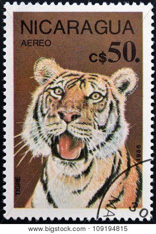 NICARAGUA - CIRCA 1986: a stamp printed in Nicaragua shows a tiger, circa 1986