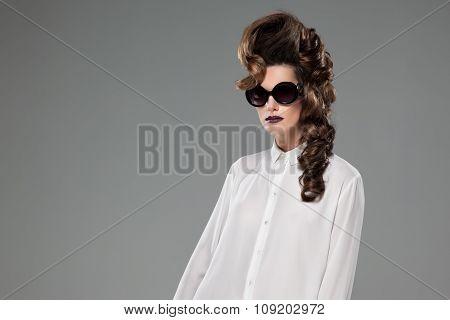 Fashion lady with sunglass