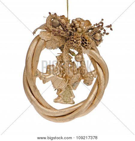 A Gold Christmas Wreath