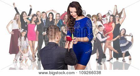 Man makes a proposal his girlfriend