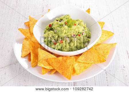 guacamole and nacho