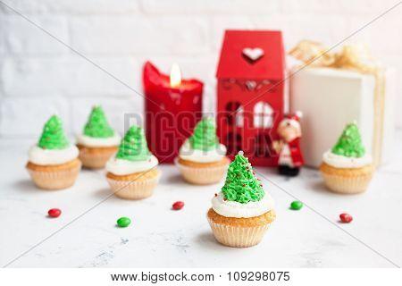 Green Tree Cupcakes At Christmas