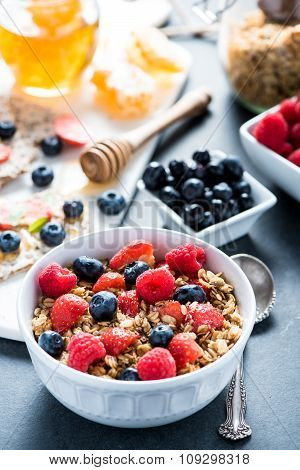 Bowl With Granole And Berries