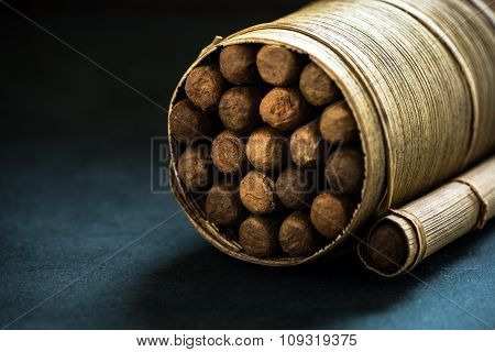 Pile Of Cigars In Pal Leafs Crafted Box