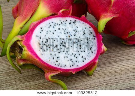 Tropical - Dragon Fruit