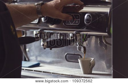 Coffee Machine Makes One Cup Hot Coffee.