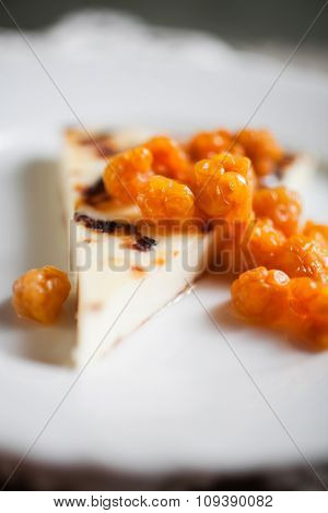 Finnish cheese with fresh cloudberries