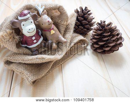 Monkey Santa  & Reindeer , Decoration Merry Christmas & Happy New Year, Select Focus Style