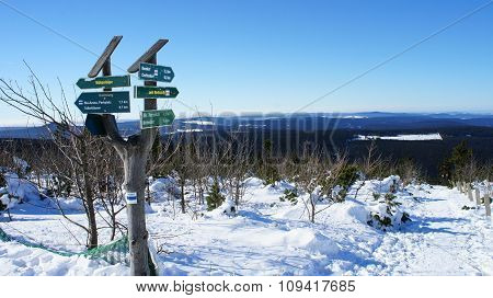 Signposts on the Fichtelberg