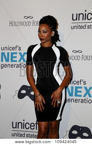 LOS ANGELES - OCT 30:  Erica Ash at the 2nd Annual UNICEF Masquerade Ball at the Hollywood Forever on October 30, 2014 in Los Angeles, CA