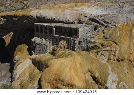 Geological Formation Of Puente Del Inca