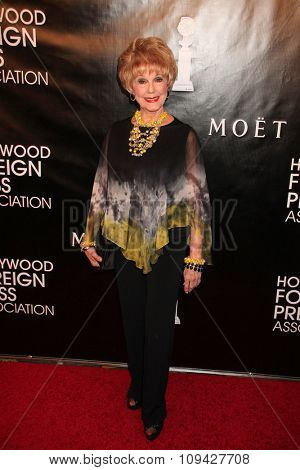LOS ANGELES - AUG 13:  Karen Sharpe at the HFPA Hosts Annual Grants Banquet - Arrivals at the Beverly Wilshire Hotel on August 13, 2015 in Beverly Hills, CA