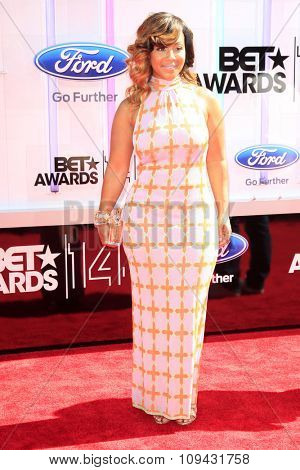 LOS ANGELES - JUN 29:  Erica Campbell at the 2014 BET Awards - Arrivals at the Nokia Theater at LA Live on June 29, 2014 in Los Angeles, CA