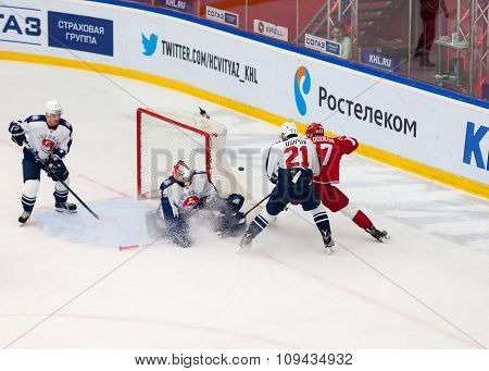 V. Solodukhin (17) Attack, M. Osipov (21) Defend